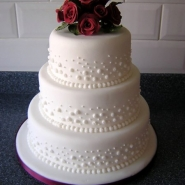 3 tier dots cake