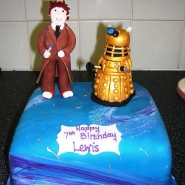 dr_who_cake_blue.jpg