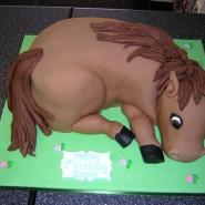 horse_cake_3d.jpg
