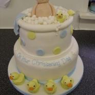 baby_in_bath_cake.jpg