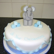 elephant_and_twist_cake.jpg