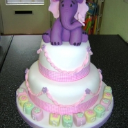 hefalump_cake_2_tier.jpg