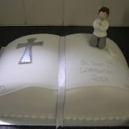 open_bible_cake.jpg