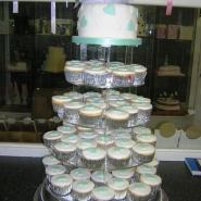 aqua_cup_cakes_hearts.jpg