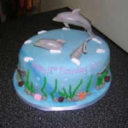 leaping_dolphins_cake.jpg