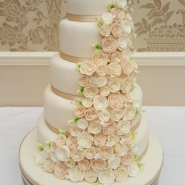 Wedding Cakes - Cake Toppers Redcar