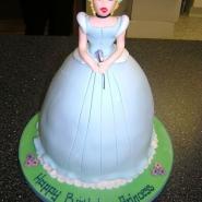 cinderella_cake_3d.jpg