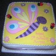 ladybirds_and_butterfly_cake.jpg