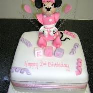 minnie_cake.jpg
