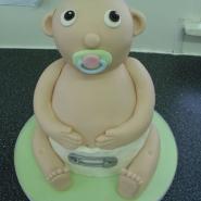 baby_sat_cake_3d.jpg