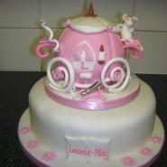carraige_cake.jpg