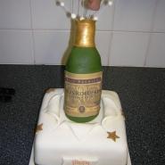 champagne_bottle_cake_ex.jpg