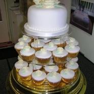 rose_ivory_cupcakes_birthday.jpg