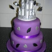 spooky_castle_cake_bats.jpg