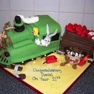 looney_tunes_train_cake_3d.jpg